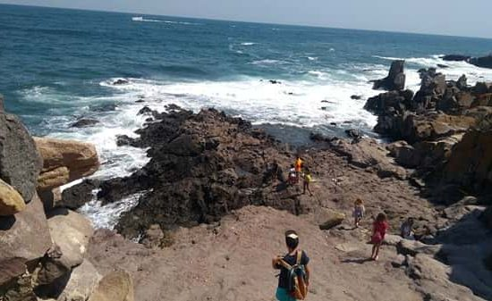 разходка с деца от морски лагер