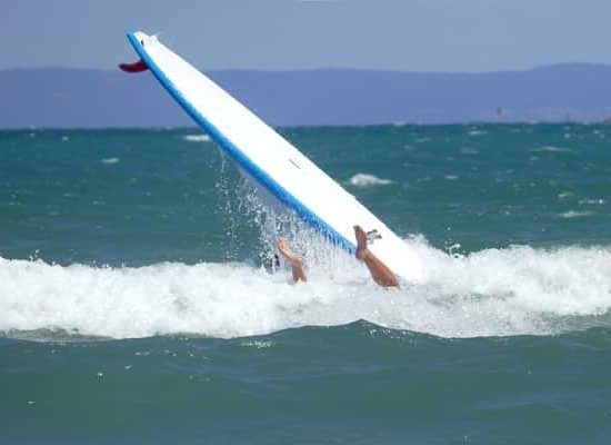 сърф падане на морски лагер